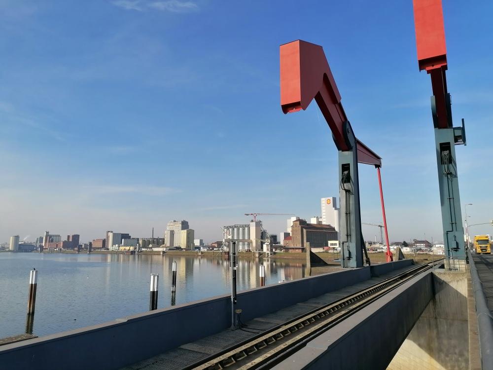 Hebearme der Diffenébrücke in Mannheim